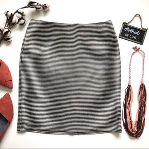 Talbots White & Black Houndstooth Pencil Skirt